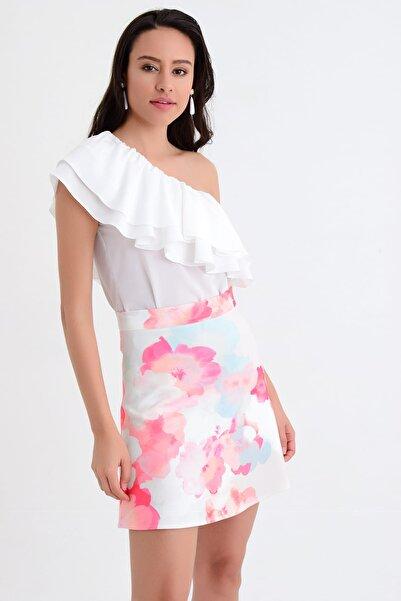 Hanna's by Hanna Darsa Kadın Beyaz Volan Detaylı Tek Omuzlu Bluz HN1763