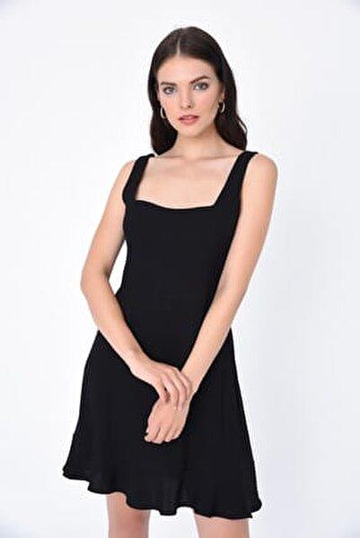 Kadın Siyah U Yaka Eteği Volanlı Kısa Elbise HN1959