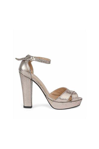 İpekyol Kroko Baskı Topuklu Sandalet
