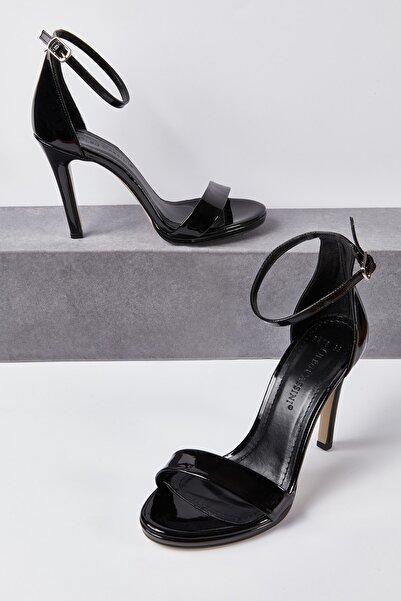Oleg Cassini Kadın Siyah Yüksek Topuklu Abiye Ayakkabı LILA