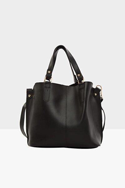 Bagmori Siyah Kadın Üç Bölmeli Çıtçıt Detaylı Çanta M000002918