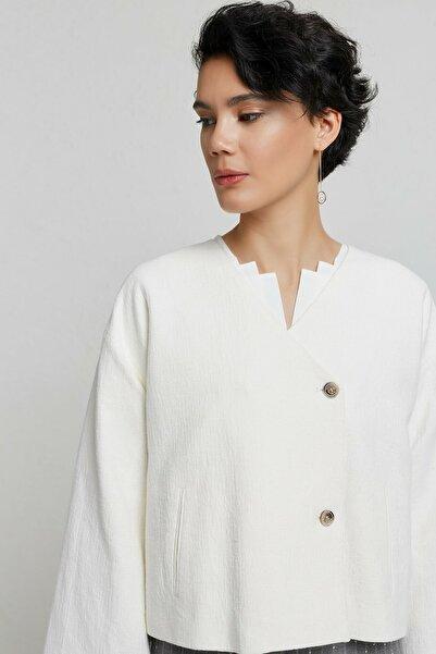 Yargıcı Kadın Kırık Beyaz İki Düğmeli Ceket 9KKCK5181X