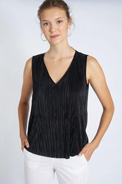 HomeStore Kadın Siyah Bluz 19230007181