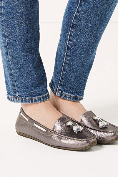 Marks & Spencer Kadın Metalik Geniş Kalıplı Deri Loafer Ayakkabı T02008483W