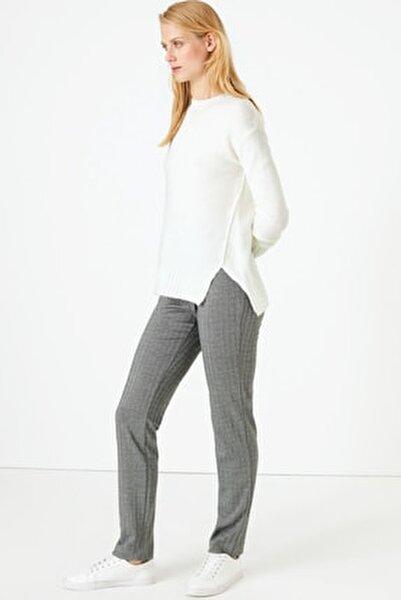 Kadın Siyah Kazayağı Desenli Slim Fit Pantolon T59005595