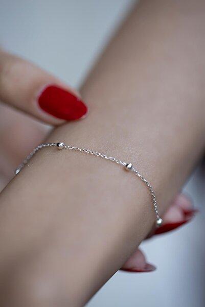 İzla Design Kadın Top Model Gümüş Zincir Bileklik İZLASLVR00358