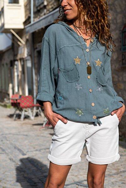 Güneşkızı Kadın Gri Yıkamalı Keten Fileli Yıldız Pullu Kapüşonlu Bluz GK-RSD2046