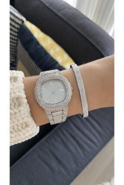 Metal Kordonlu Taşlı Gümüş Renk Kadın Kol Saati