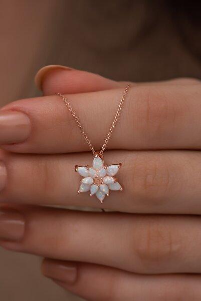 Papatya Silver 925 Ayar Gümüş Beyaz Doğal Opal Taşlı Lotus Kolye