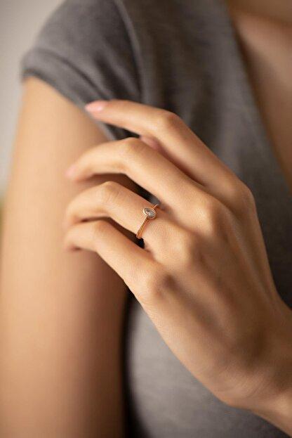 İzla Design Kadın Oval Model Zirkon Taşlı Rose Kaplama Gümüş Yüzük PKT-TLYSLVR0942