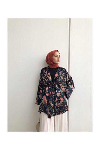 Sazze Design Rosa Kimono