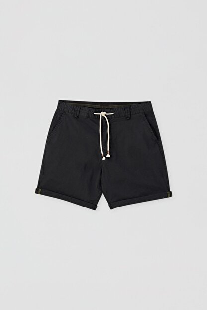 Pull & Bear Erkek Siyah Kumaş boyalı basic bermuda 05690504