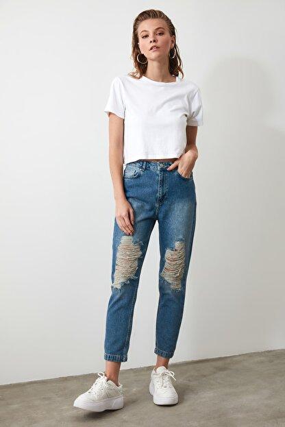 TRENDYOLMİLLA Mavi Yırtık Detaylı Yüksek Bel Mom Jeans TWOAW21JE0009