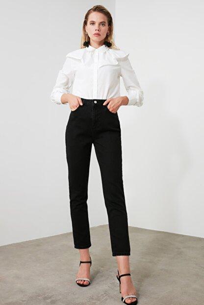 TRENDYOLMİLLA Siyah Yüksek Bel Bootcut Jeans TWOAW21JE0151