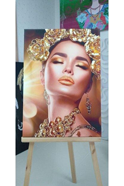 Simli Kanvas Ayk-026 Gold Sim Işlemeli Taç Kadın Kanvas Tablo 140 x 95 cm