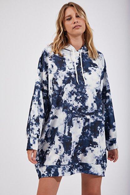 Happiness İst. Kadın İndigo Mavi Desenli Oversize Sweat Elbise  DD00511