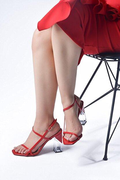 Tessera Topuklu Kadın Sandalet