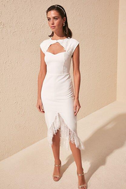 TRENDYOLMİLLA Ekru Yaka Detaylı  Elbise TPRSS20EL1427