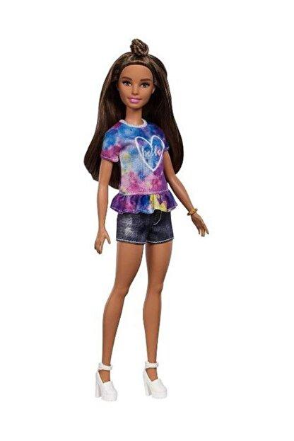 Barbie Fashionistas Bebek ve Aksesuarları Hello Tişörtlü FYB31-FBR37