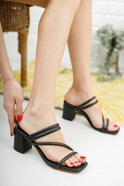 meyra'nın ayakkabıları Kadın Siyah Çapraz Topuklu Terlik