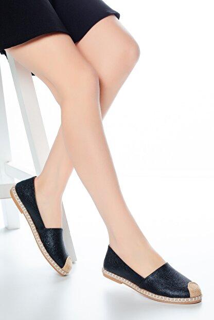 Moda Değirmeni Siyah Çatlak Kadın Babet Md1010-111-0001