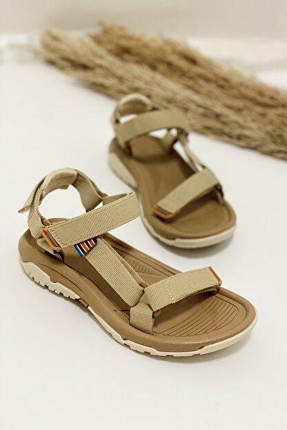 Nil Shoes Kadın Wall Bej Cırtlı Düz Taban Sandalet