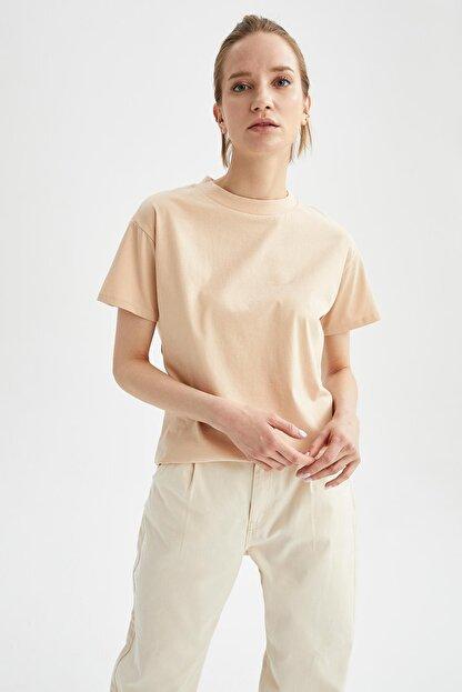 Defacto Kadın Bej Relax Fit Basic Tişört