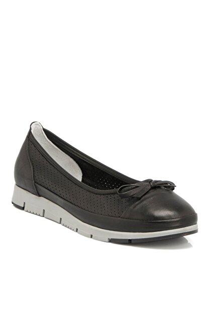 Tergan Siyah Deri Kadın Ayakkabı 64292a23