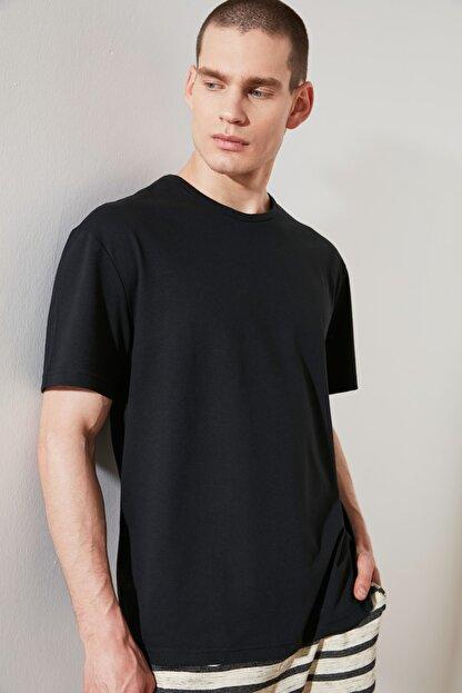 TRENDYOL MAN Siyah Erkek Geniş Kesim T-Shirt TMNSS20TS0947