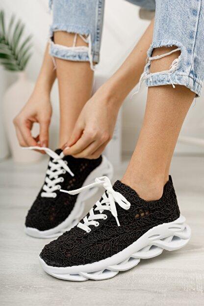 meyra'nın ayakkabıları Kadın  Siyah Dantelli Spor Ayakkabı