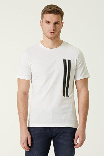 Network Erkek Slim Fit Beyaz Şerit Baskılı T-shirt 1078373