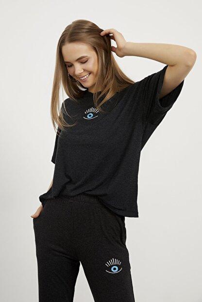 Arma Life Kadın Gri Göz Nakışlı T-shirt Pantolon Takım
