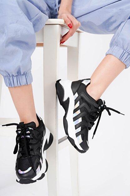 DİVOLYA Kadın Siyah Hologramlı Kalın Taban Bağcıklı Spor Ayakkabı