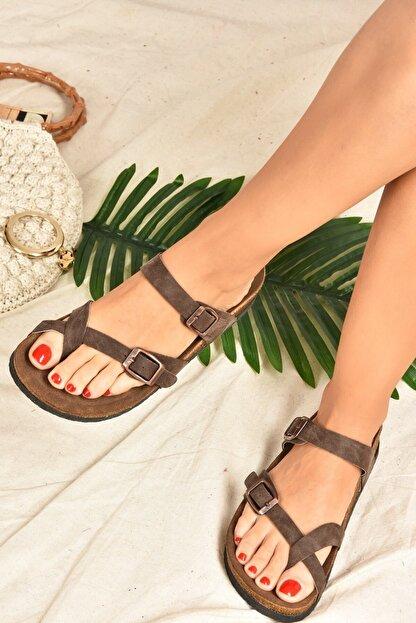 Fox Shoes Kadın Kahverengi Süet Parmak Arası Terlik K777613402
