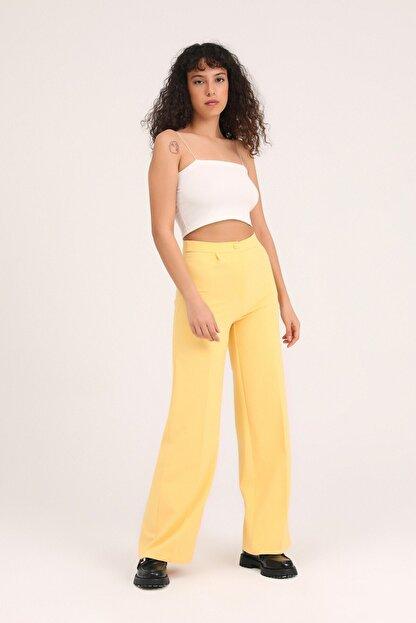 Quzu Kadın Sarı Bol Paça Kumaş Pantolon