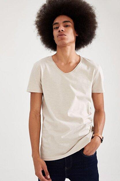 Defacto Slim Fit V Yaka Basic Kısa Kollu Tişört