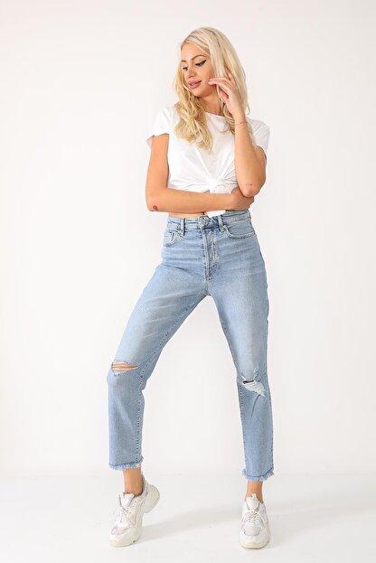 Beyaz Giyim Moda Kadın Mavi Bilek Boy Mom Jean Kot Pantolon