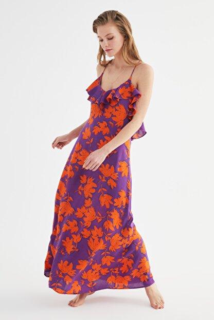 TRENDYOLMİLLA Çiçek Desenli Volanlı Viskon Plaj Elbisesi TBESS19WY0004