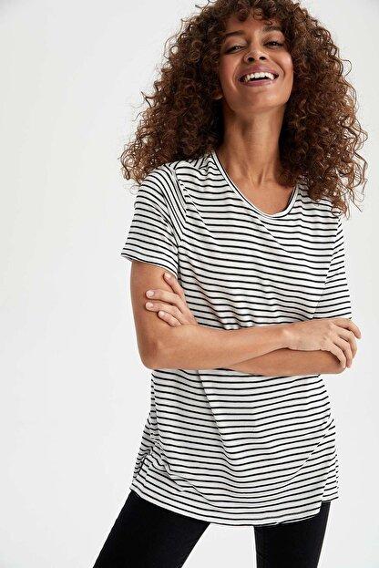 Defacto Kadın Siyah Çizgili Relax Fit Kısa Kollu Tunik
