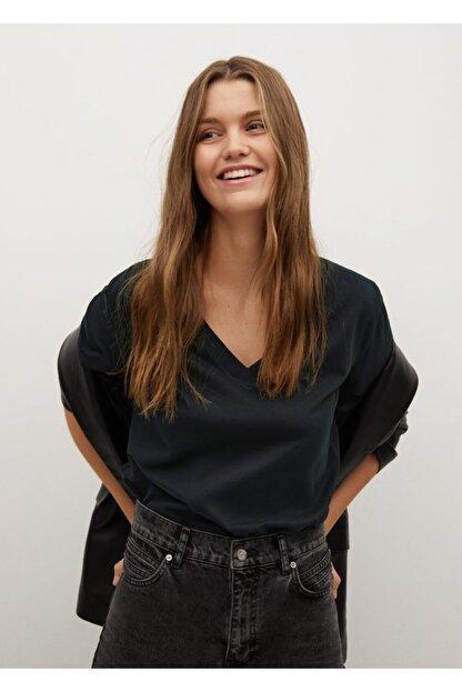 Mango Kadın Siyah V Yakalı Pamuklu Tişört