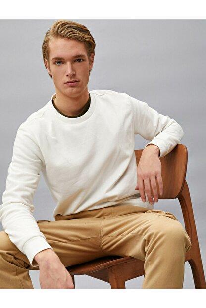 Koton Erkek Beyaz Pamuklu Basic Bisiklet Yaka Uzun Kollu Sweatshirt