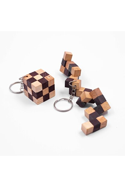 Dilemma Games Snake Cube Keychain