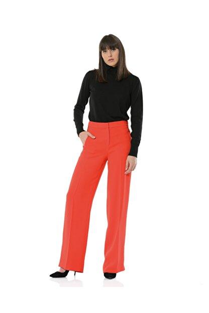 BİRELİN Kadın Kırmızı Bol Yüksek Belli Kenarı Şeritli Pantolon Collette