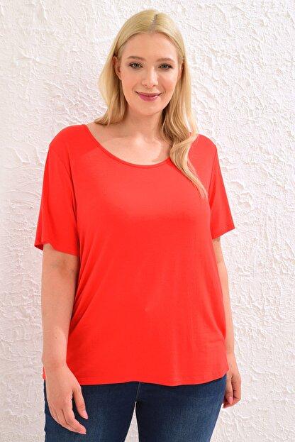 LC Waikiki Kadın Canlı Kırmızı Tişört 0WCC59Z8