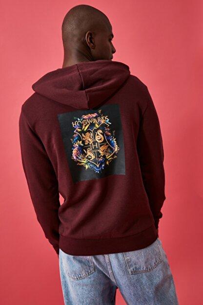 TRENDYOL MAN Bordo Erkek Lisanslı Regular Fit Sweatshirt