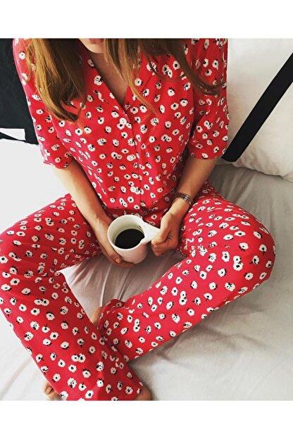 Best HomeWear Kadın Kırmızı Çiçekli Pijama Takımı