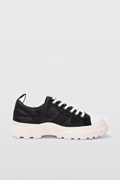 Yaya by Hotiç Siyah  Sneaker 01AYY196590A100