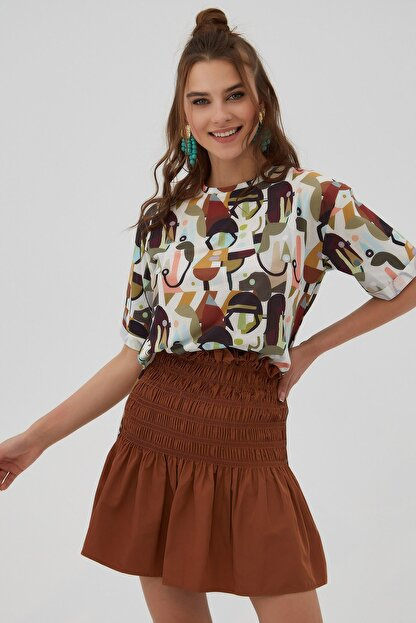 Pattaya Kadın Kahverengi Yırtmaçlı Oversize Kısa Kollu T-Shirt