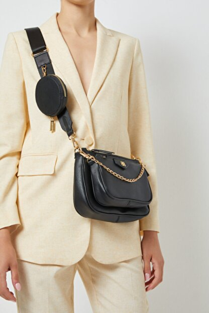 Derimod Kadın Cüzdan Detaylı Çapraz Çanta