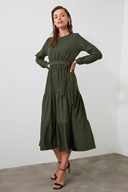 TRENDYOLMİLLA Haki Kuşaklı Kadife Büzgülü Elbise TWOAW20EL2133